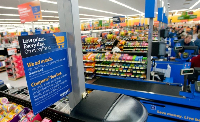 Analyst-Expect-more-destocking-of-Kraft-Foods-and-Smucker-products-at-Wal-Mart-this-year